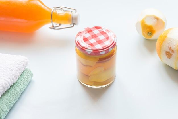 Citrus azijn voor het reinigen zonder gifstoffen