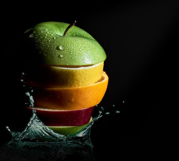 Citrusvruchtenplakken zoals citroen, sinaasappel en apple splash