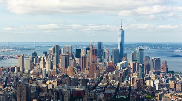 Cityscape-mening van de stad van manhattan, new york.