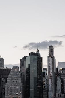 Cityscape van manhattan met exemplaar-ruimte