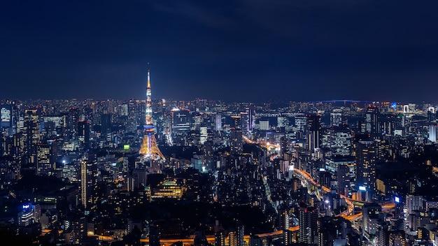 Cityscape van tokyo bij nacht, japan.