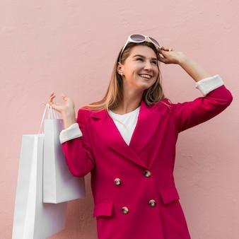 Client mode kleding dragen en bril vast te houden