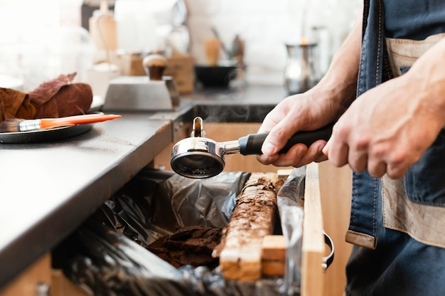 Close-up barista werken