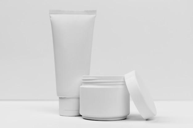 Close-up beeld van cosmetische crème buis concept