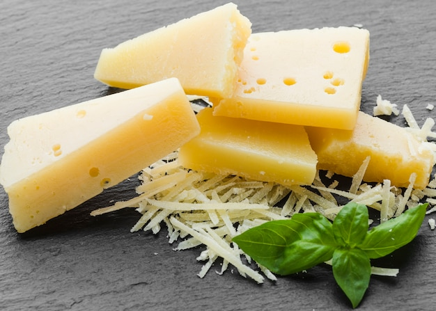 Close-up geraspte parmezaanse kaas