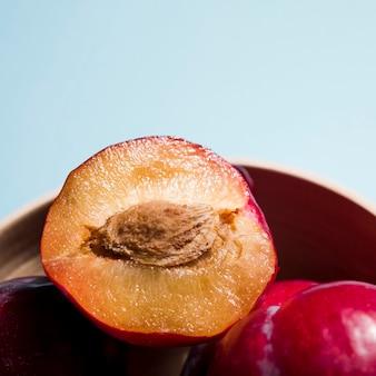 Close-up heerlijke perziken met kopie ruimte