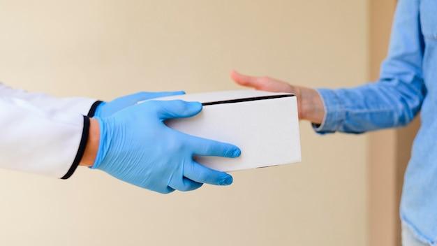 Close-up individuele levering van producten