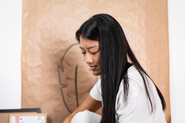 Close-up jonge aziatische vrouw