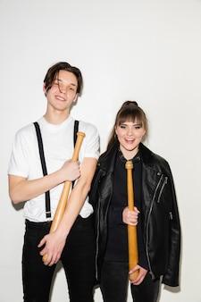Close-up mode portret van twee jonge mooie hipster tieners