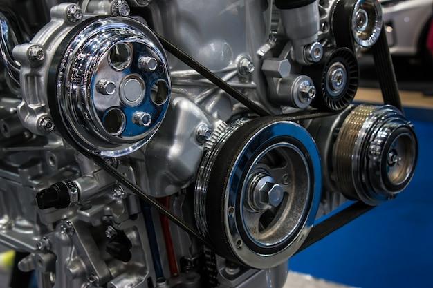 Close-up motor van een auto en versnelling delen van de auto.