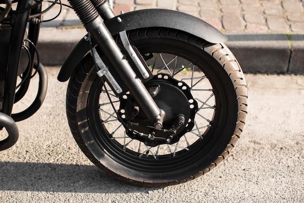 Close-up motorfiets voorwiel