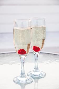 Close-up op glazen met champagne
