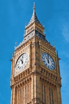 Close-up op groot ben clock tower in londen, het uk