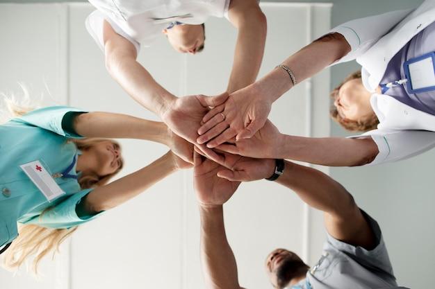 Close-up op team van gezondheidswerkers