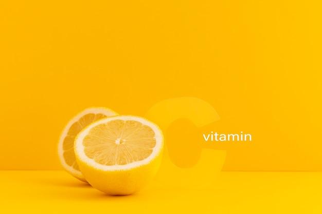 Close-up op voedingssupplementen met sinaasappel