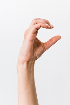 Close-up persoon die gebarentaal onderwijst