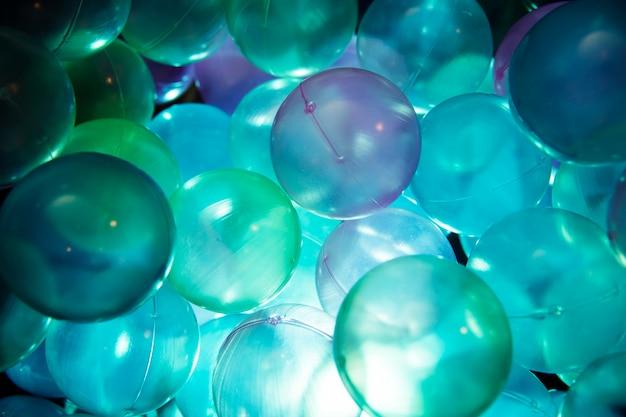 Close-up shot van plastic ballen