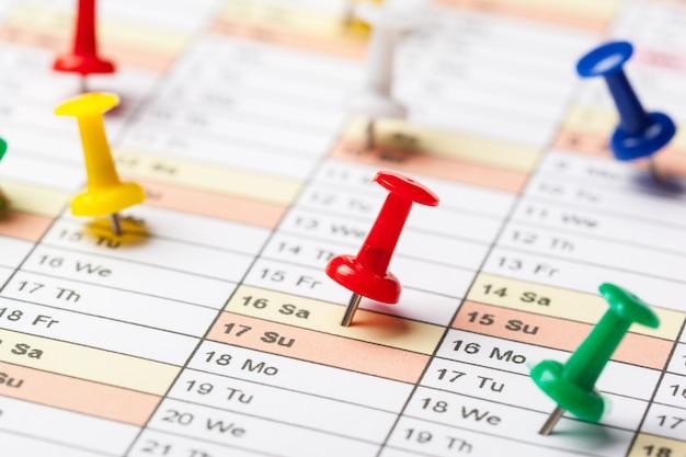 Close-up van datums op kalenderpagina