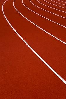 Close-up van de rode stadionrenbanen
