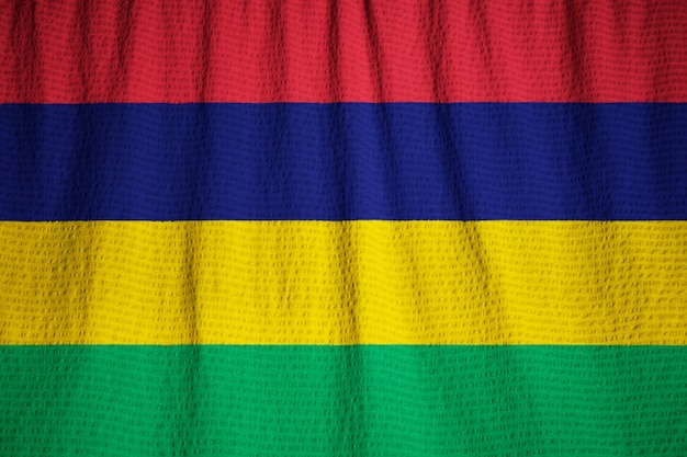 Close-up van de ruige vlag van mauritius, mauritius vlag waait in de wind