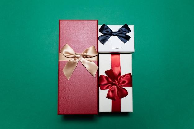 Close-up van drie geschenkdozen