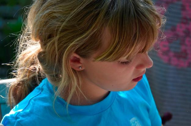 Close-up van een meisje, lake of the woods, ontario, canada