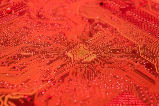 Close-up van een rode printplaat