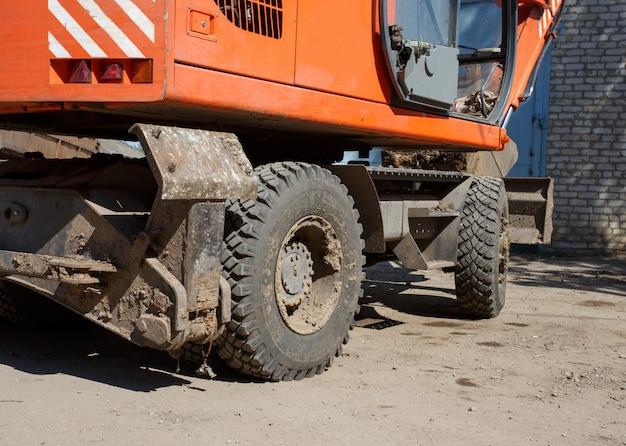 Close-up van een tractorwiel