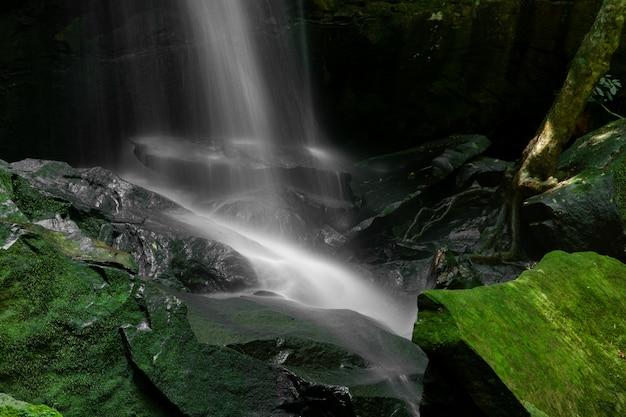Close-up van een watervallen
