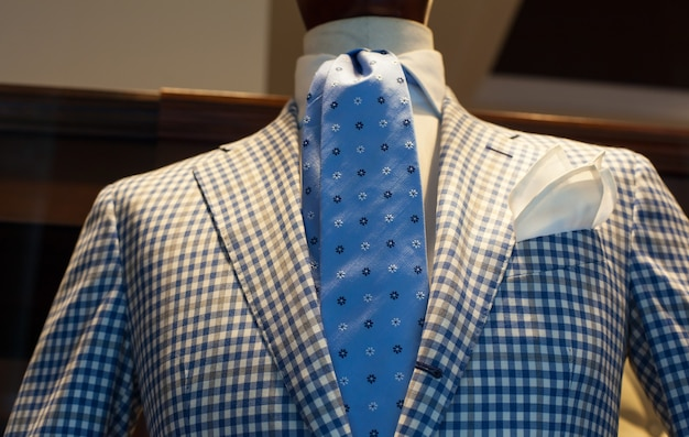 Close up van elegant mannelijk pak gemaakt in italië