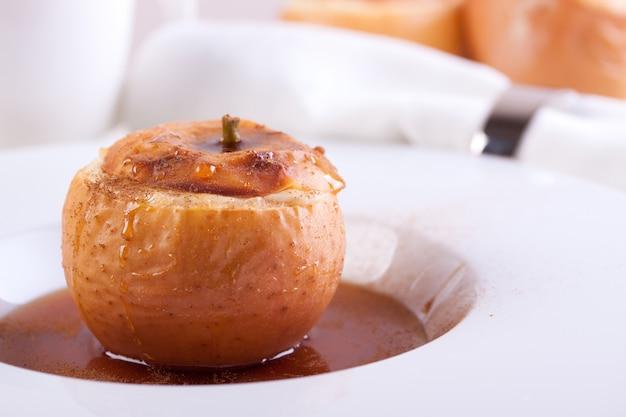 Close-up van gebakken appel