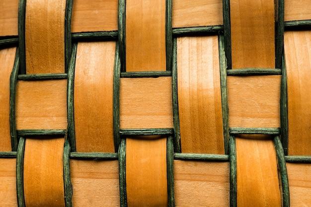 Close-up van geweven houten stroken