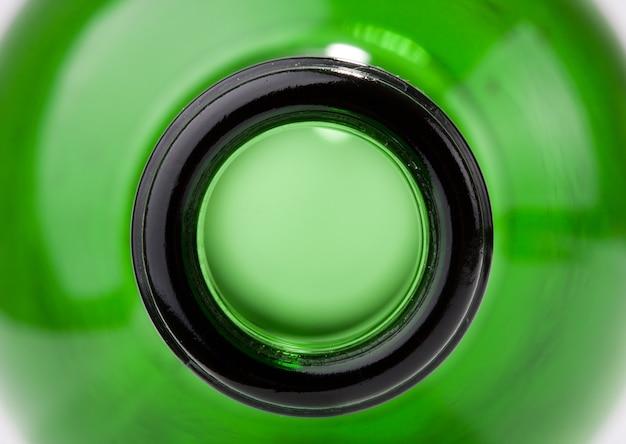 Close-up van groene wijnfles. extra close-up