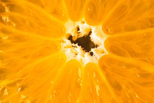 Close-up van half gesneden sinaasappel