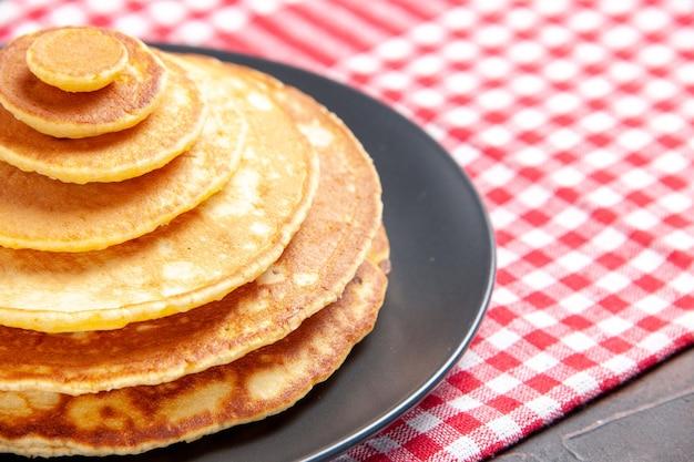 Close-up van pannenkoeken voor ontbijt afbeelding voorraad