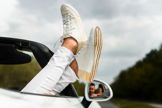 Close-up van stijlvolle schoenen