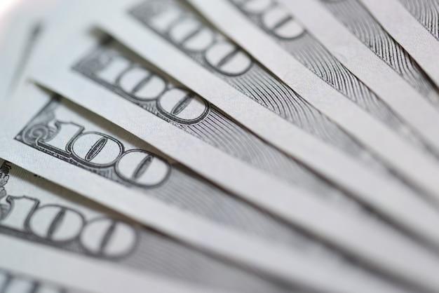 Close-up van veel amerikaanse dollarbiljetten achtergrond