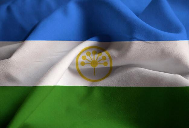 Close-up van verstoorde bashkortostan vlag, bashkortostan vlag waait in de wind