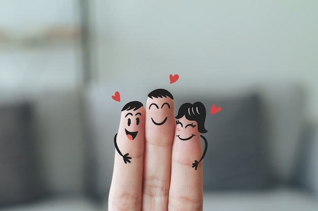 Close-up van vingers met blij lachend gezicht, vriendschap, familie, groep, teamwork, gemeenschap, eenheid, liefdesconcept.