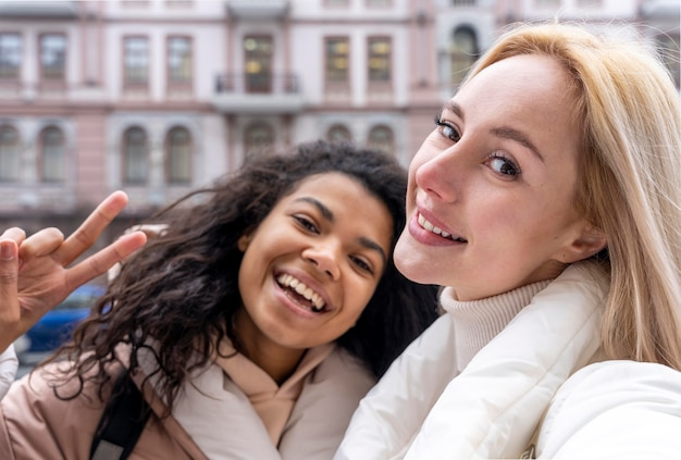 Close-up van vrouwen die samen poseren
