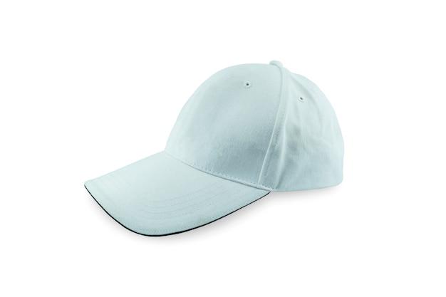 Close-up witte baseballcap geïsoleerd op een witte achtergrond. bestand bevat met uitknippad zo gemakkelijk om te werken.