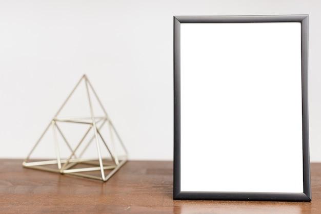 Close-upbeeldlijst met moderne decoratie