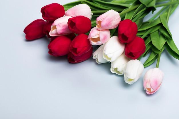 Close-upboeket van tulpen