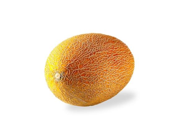 Close-upmening van verse meloen die op witte achtergrond wordt geïsoleerd