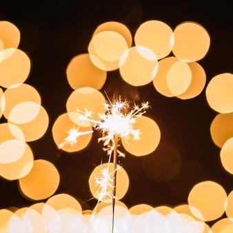 Close-upsterretje dichtbij abstracte lichten