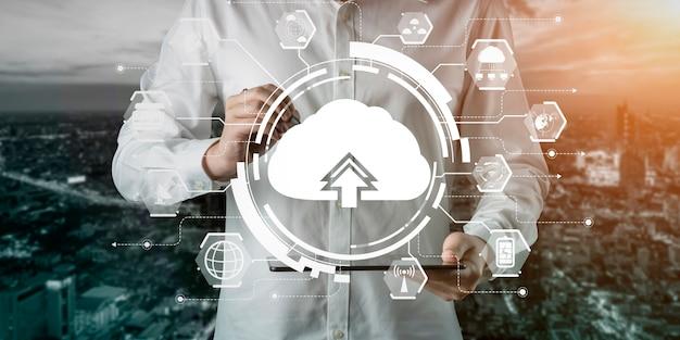 Cloud computing-technologie en online gegevensopslag voor het wereldwijd delen van informatie