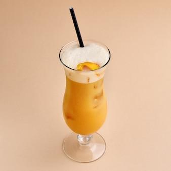 Cocktail - bourbon met citroensap, whiskey sauer-cocktail