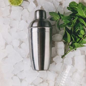 Cocktail maken concept
