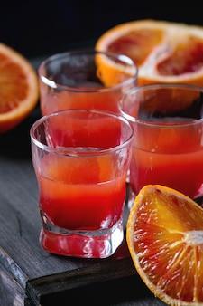 Cocktail met bloedsinaasappelen