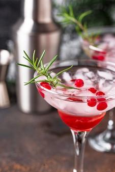 Cocktail met veenbessenmargarita. kerst drankje